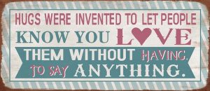 Metal sign Hugs & Love 30x13 cm