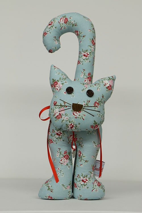 Doorstopper cat Isabelle Rose blue with flowers