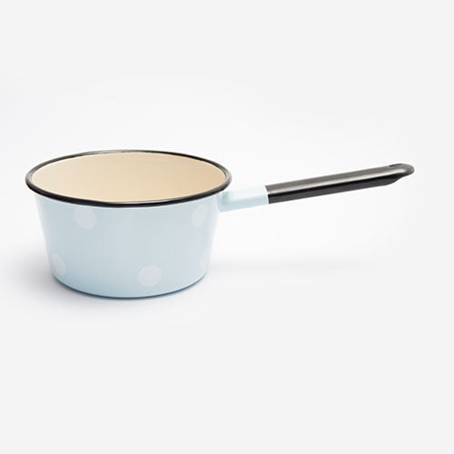 Saucepan with lip and handle blue